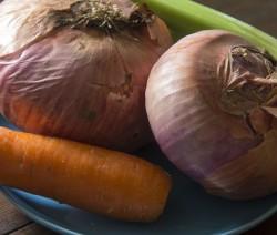 Come preparare il brodo vegetale